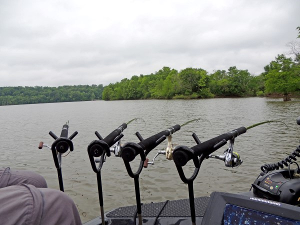 Proper setup is important. Phillips spider rigging system includes Driftmaster Rodholders.
