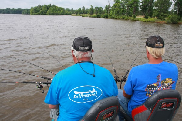 After finding the spot, spider rigging allows numbers of baits to be pushing into the ledge or cover. Dannenmueller and partner Garrett Steele concentration on the locator and pole tips.
