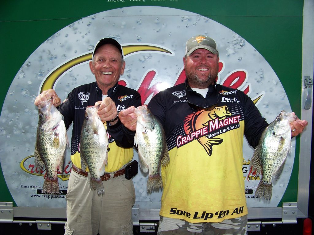 Crappie now free digital magazine maddux and oldham for Old hickory lake fishing